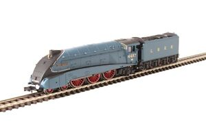 Dapol-2S-008-012-N-Gauge-A4-Class-Loco-4487-039-Sea-Eagle-039-LNER-Garter-Blue