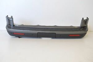 LAND-ROVER-DISCOVERY-3-0-SDV6-2015-RHD-REAR-BUMPER-WITH-PDC-KIT-EH22-15B484-CB