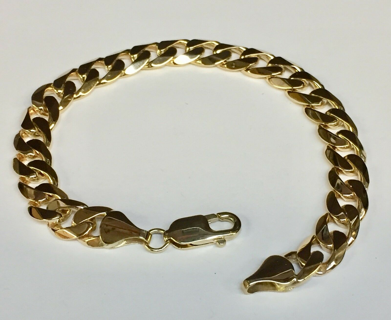 14kt Solid Yellow gold Handmade Curb Link Mens Bracelet 8.5  29 Grams 9MM