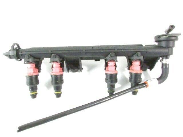 7700875760 Tubo Inyección Con Serie Inyectores Gasolina RENAULT Twingo 1.2 43KW