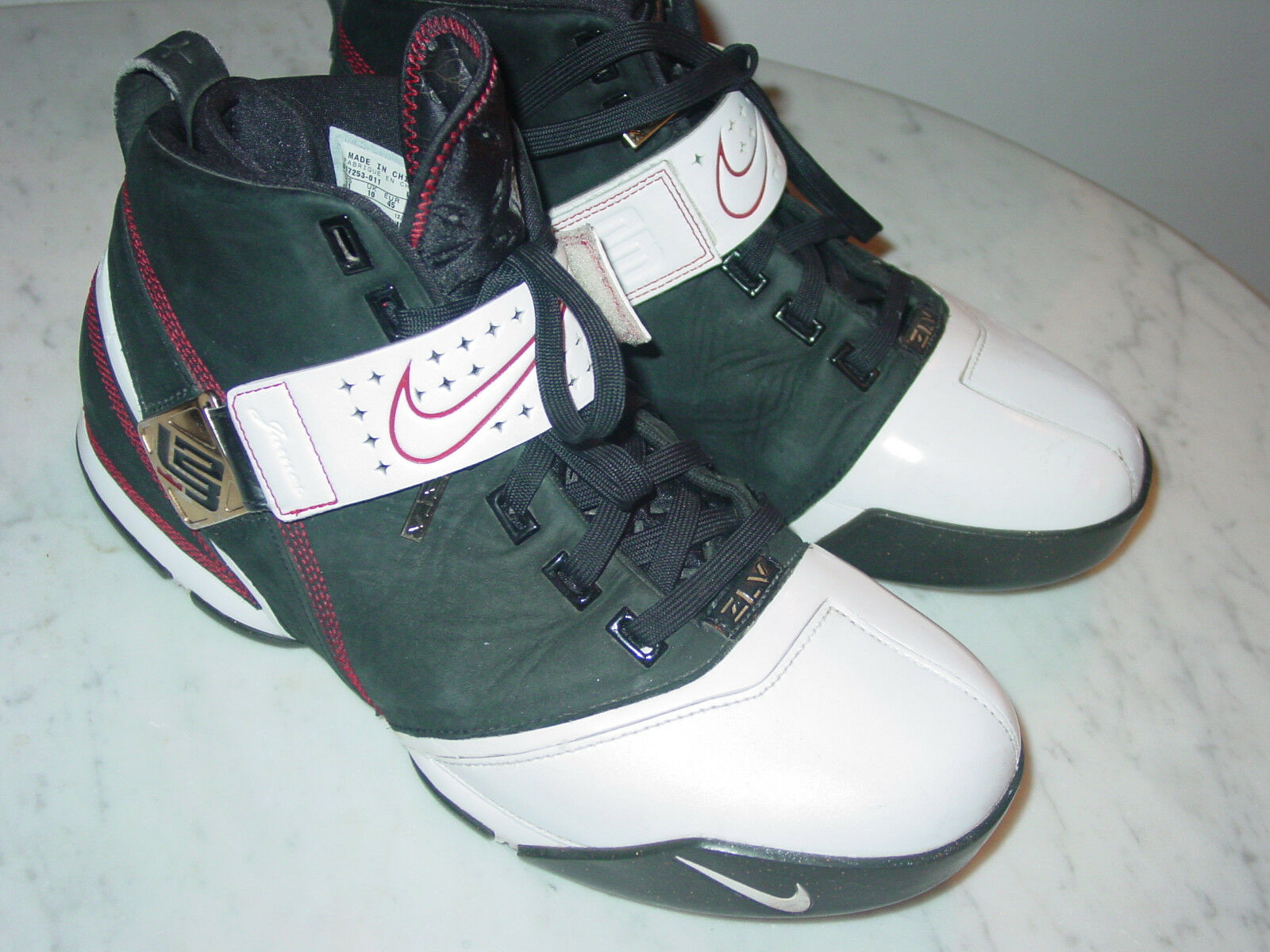 2007 Nike Air Zoom Lebron 5 Fearless Black/White/Crimson/Black Shoes  Size 11