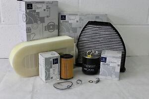 Genuine-Mercedes-Benz-Clase-C-W204-Kit-de-Servicio-de-Filtro-Diesel-Aceite-Nuevo