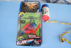 GI-JOE-Helicopter-Recon-Mission-3-comics-and-Lunchbox-with-Thermos-Rough-cond