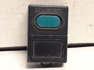 Vintage-clicker-single-button-Garage-Door-amp-gate-remote-opener-FOB-KUTLSTX
