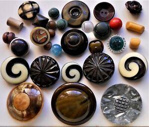 250 Vintage Buttons: Bakelite, Celluloid, Plastic, Sets, Novelty, Buckle