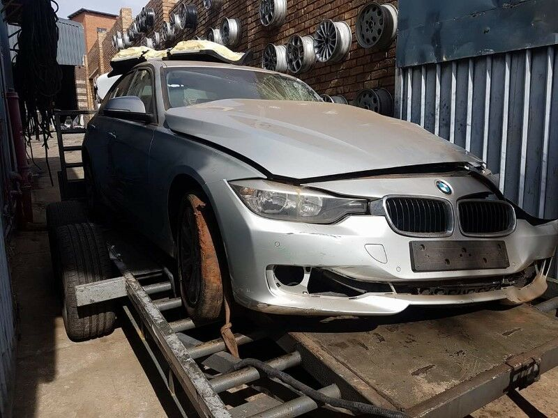 2013 Bmw F30 320D Facelift N47 DCT Stripping For Spares