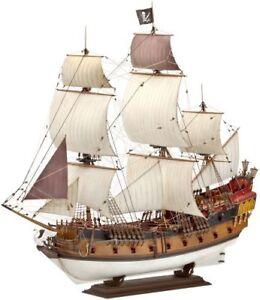 Revell-Revell05605-PIRATE-SHIP-Model-Kit