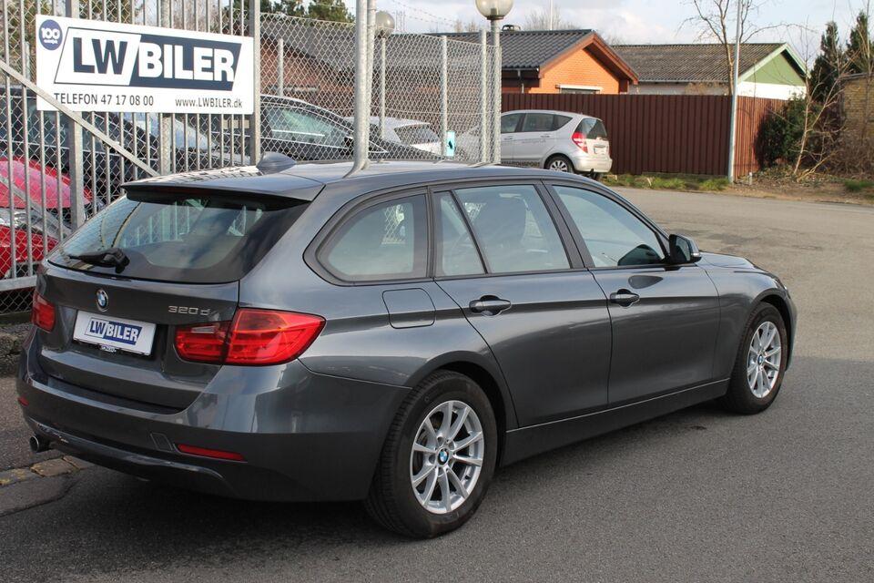 BMW 320d 2,0 Touring Diesel modelår 2013 km 151000 Gråmetal