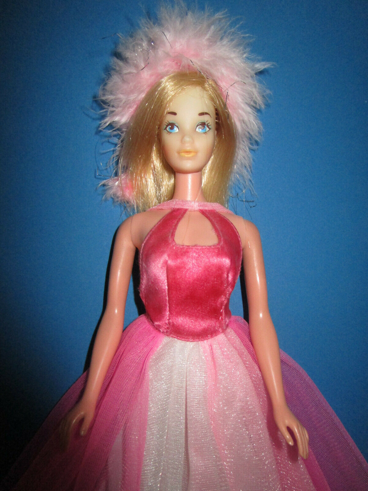 B630) vieja rubio vintage barbie mattel corea en el Beste buy vestido mattel 1977