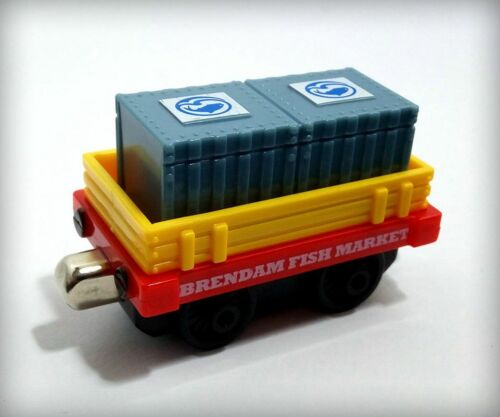 LC Diecast Thomas and Friends Trains Take N Play Thomas Engine #2 NEW Mattel