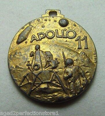 Vintage APOLLO 11 Medallion Fob First Men on the Moon 1969 ornate 2x sided NASA