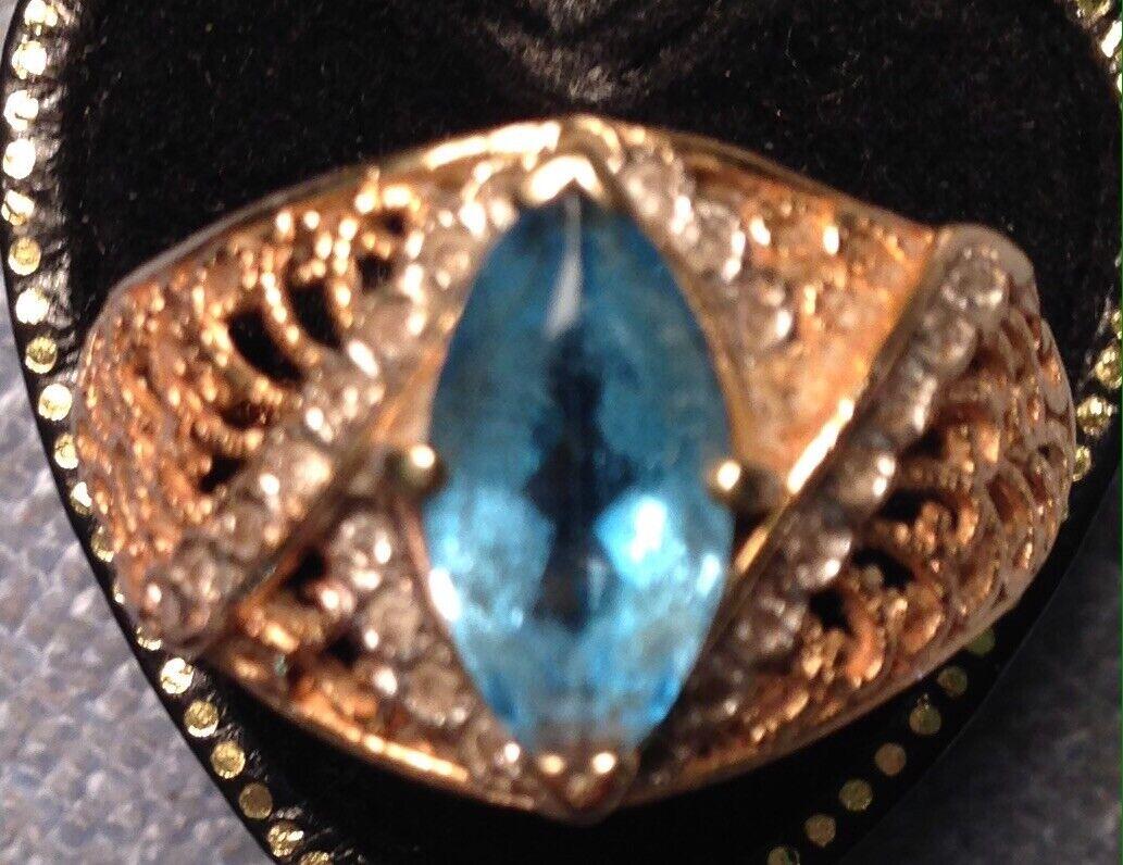 VINTAGE 14 CT gold blueE TOPAZ & DIAMOND RING  SIZE U  10 1 4