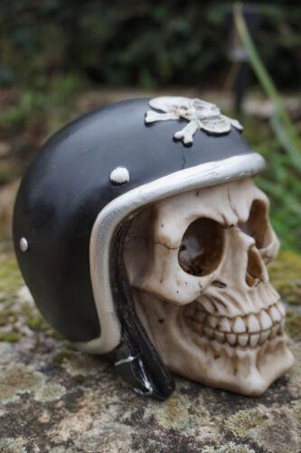 67051 FIGURINE TETE DE MORT CASQUE MOTO  GOTHIQUE  HEROIC FANTASY SKULL