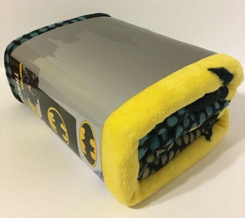 "DC Comics 46/"" x 60/"" BATMAN PLUSH THROW BLANKET **SUPER SOFT** 117cm x 152cm"