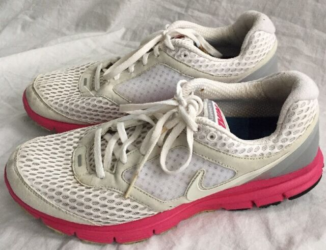 41c33ebfbaa48 Women s Nike Lunarfly 2 Running Shoes Size 9.5 White w  Pink Grey Athletic
