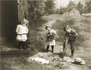 CHILDREN-BURY-PET-BUNNY-RABBIT-VINTAGE-CANVAS-ANTIQUE-ERA-PHOTO-ART-PRINT