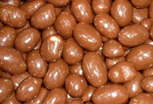 Milk Chocolate Covered Peanuts 1 Kilo Bag