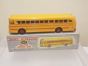 Dinky-949-Wayne-autobus-escolar