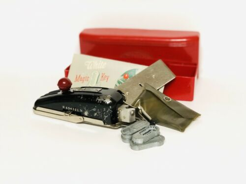 White Greist Buttonhole Worker Magic Key Sewing Machine Attachment /& Manual Vtg.
