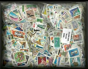 World Stamps Mixture - 10000 Different Used Stamps Hinged In 10 Books