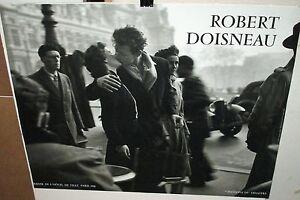 Robert Doisneau Le Baiser De L Hotel De Ville Fnac Poster