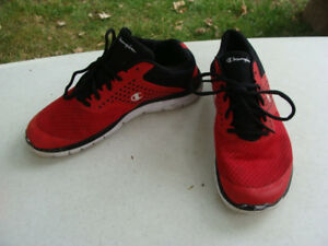 8ccc237bf474a Champion Men s Gusto Cross Trainer Running Sneakers Shoes Size 10