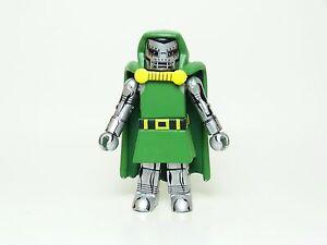 Marvel-Minimates-Series-05-Dr-Doom