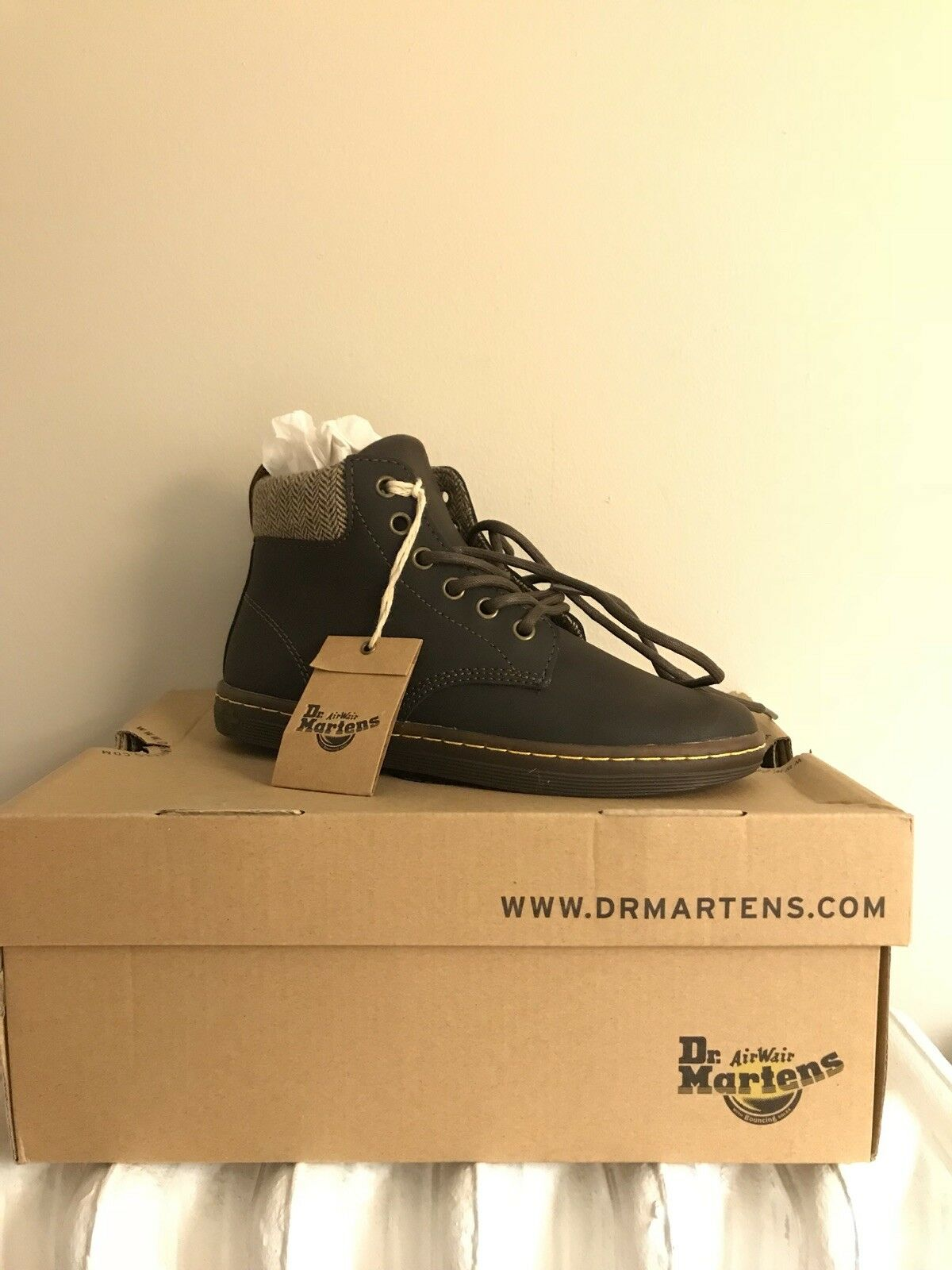 Dr. Martens Maelly Chelsea Womens Boot in Brown Size 5 NWT