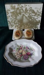 Vintage-Avon-NATURE-BOUNTIFUL-Ceramic-Plate-1976-Two-fragranced-soaps