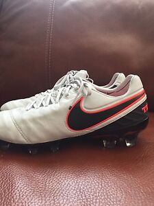 cd35b8241483 Nike Tiempo Legend VI FG Soccer Cleats Platinum Black Silver SZ 8 ...