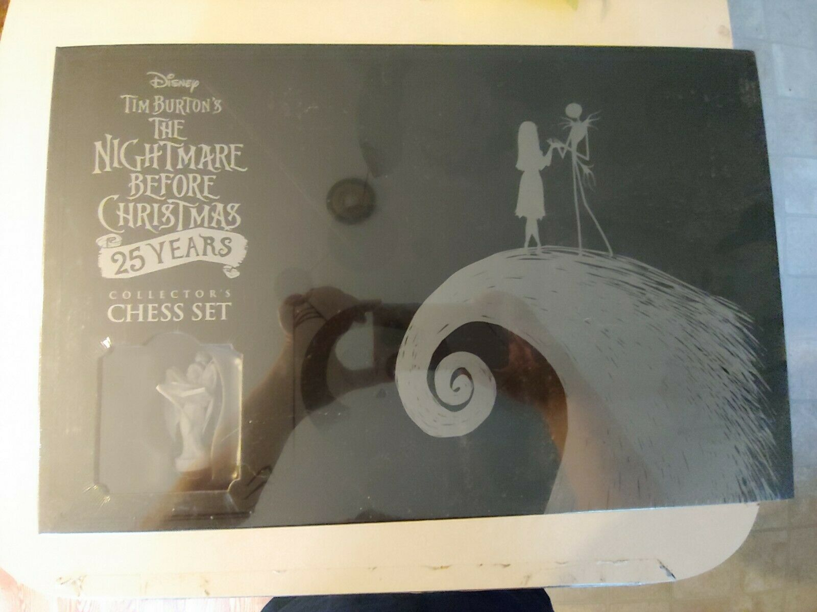 Nightmare Before Christmas 25 Years Collector's Chess Set