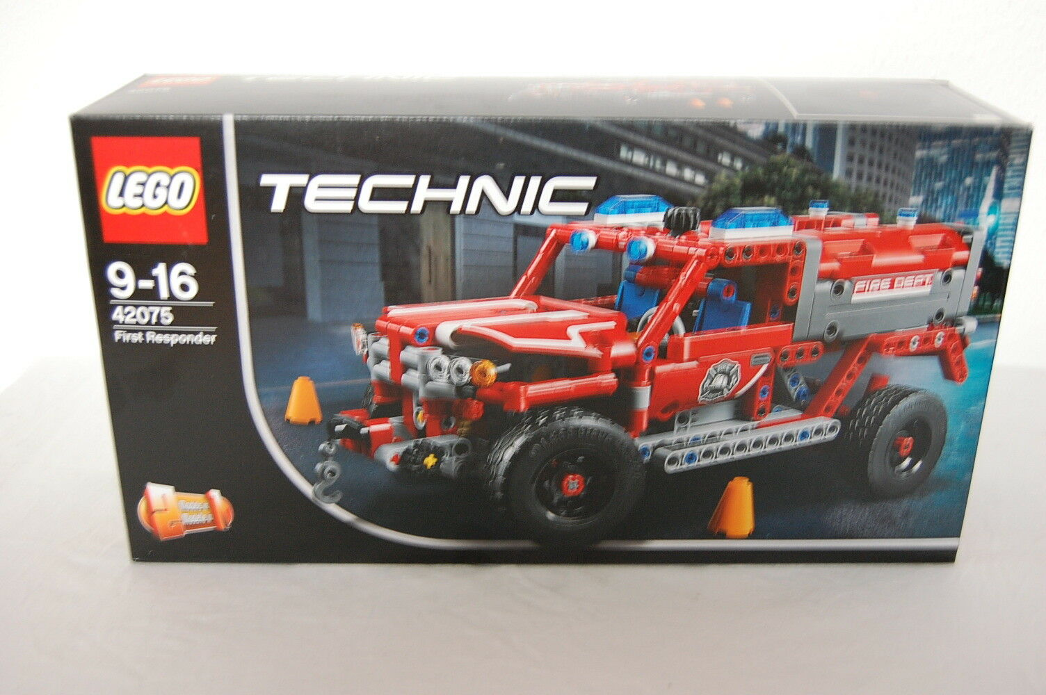 LEGO Technic 42075 First ResponderNeu OVP