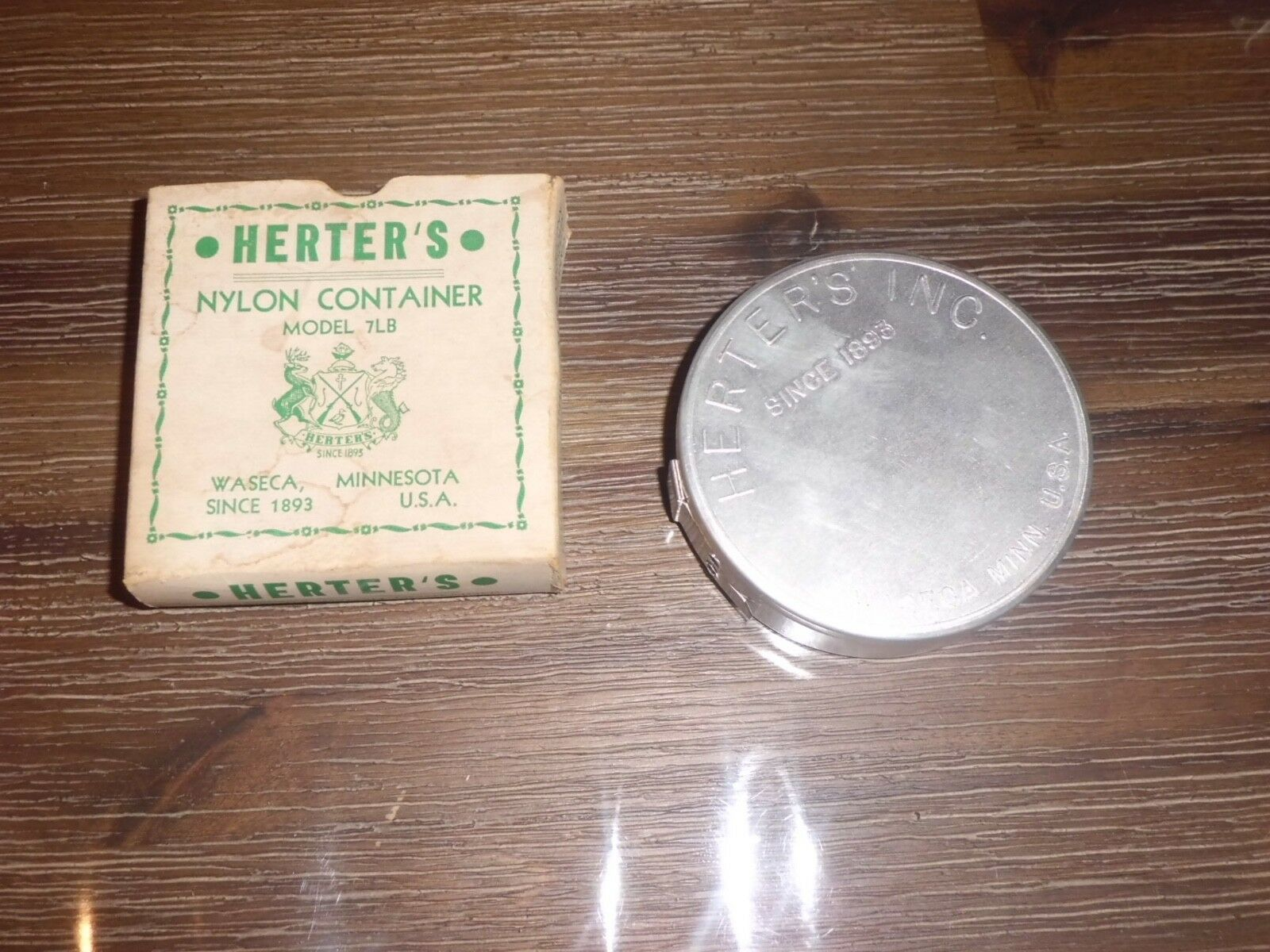 NOS Vintage Herter's Aluminum Model 7LB Nylon Leader Container made in USA