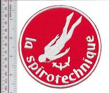 SCUBA Diving France La Spirotechnique Scaphandre Cousteau-Gagnan Male White Red