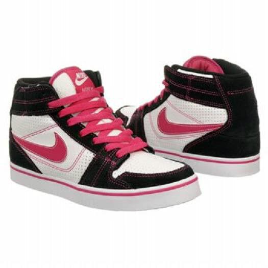 Nike Ruckus Mid skate chaussures noir Blanc 10 Md NEW