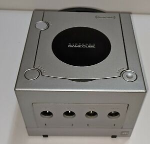 Nintendo DOL-101 GameCube Console Only - Silver cleaned inside-out fully tested