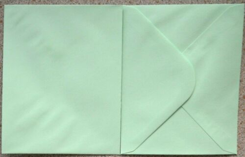 50 x Gummed Leafbird Green Envelopes 120mm x 95mm NEW ONLY £1.00