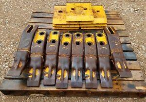 Details about NICE John Deere 744, 824 wheel loader loader cutting edges  and teeth