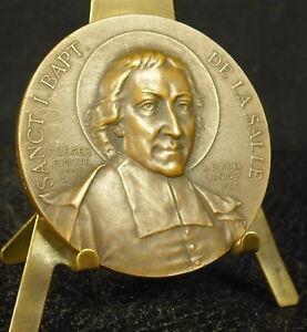 Médaille Sanct I Bapt De La Salle Dieu Patrie Famille A Borrel 1900 Medal 铜牌 - France - Type: Médailles franaises Métal: Bronze - France