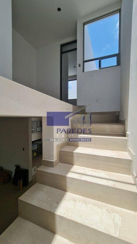 Casa Nueva en Venta 3 recamaras Zona Altozano Morelia C109
