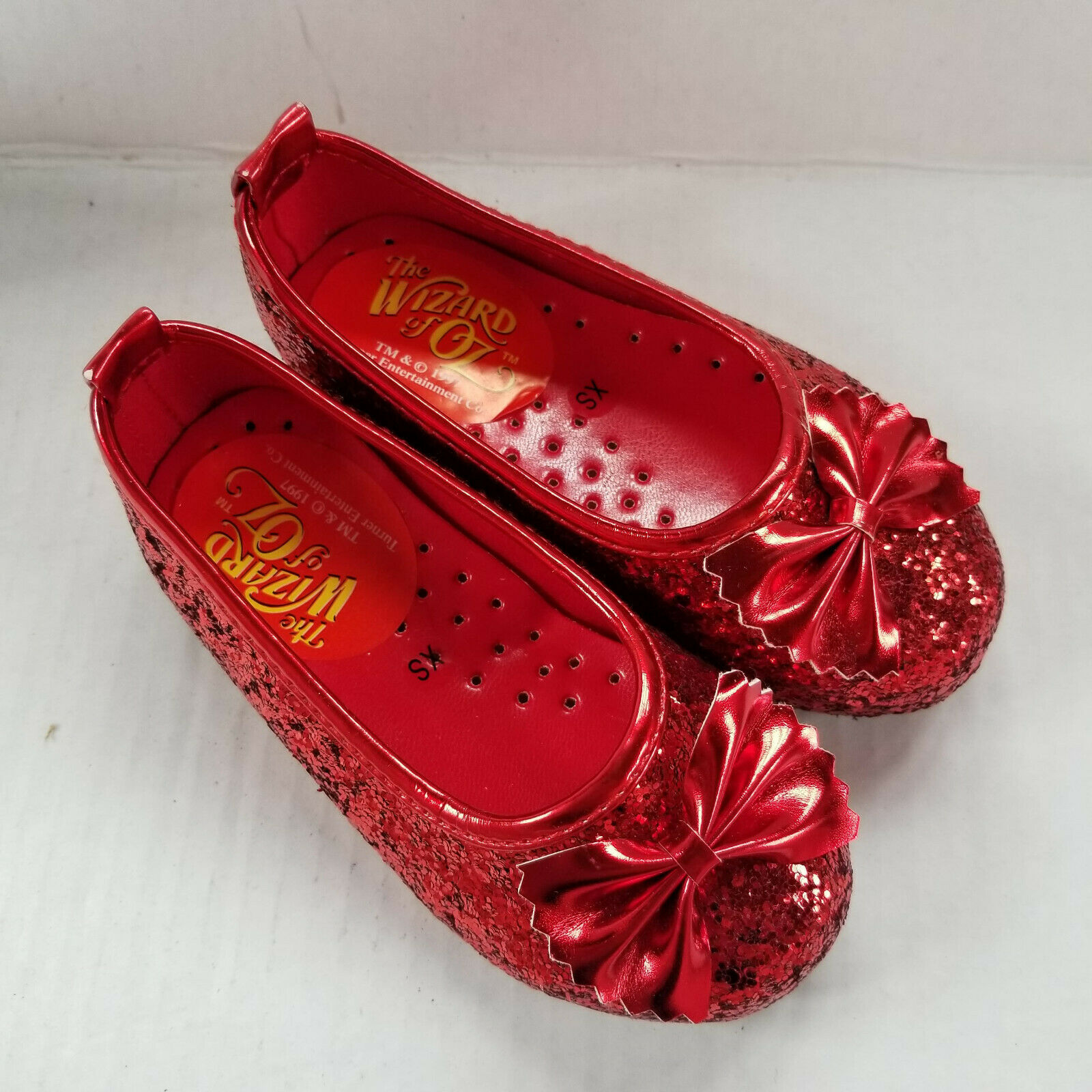 XS (1-2) Deluxe Dorothy Ruby Slippers - Wizard of Oz - Sparkle, Dress Up