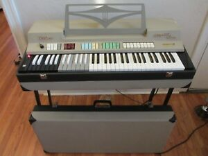 Vintage-1960s-Farfisa-Compact-Deluxe-Combo-Organ-Made-in-Italy