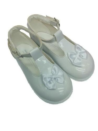 Infant Girls Patent Leather  Satin Bow front with Buckle fastening walking shoes