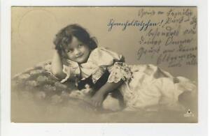 AK Kleines Mädchen mit Kätzchen, Foto, 1911 - Karnabrunn, Österreich - AK Kleines Mädchen mit Kätzchen, Foto, 1911 - Karnabrunn, Österreich