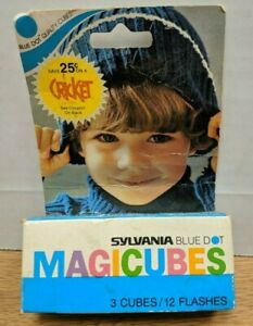 Sylvania Blue Dot Magicubes 3 Cubes 12 Flashes Cricket 17754 081619DBT3