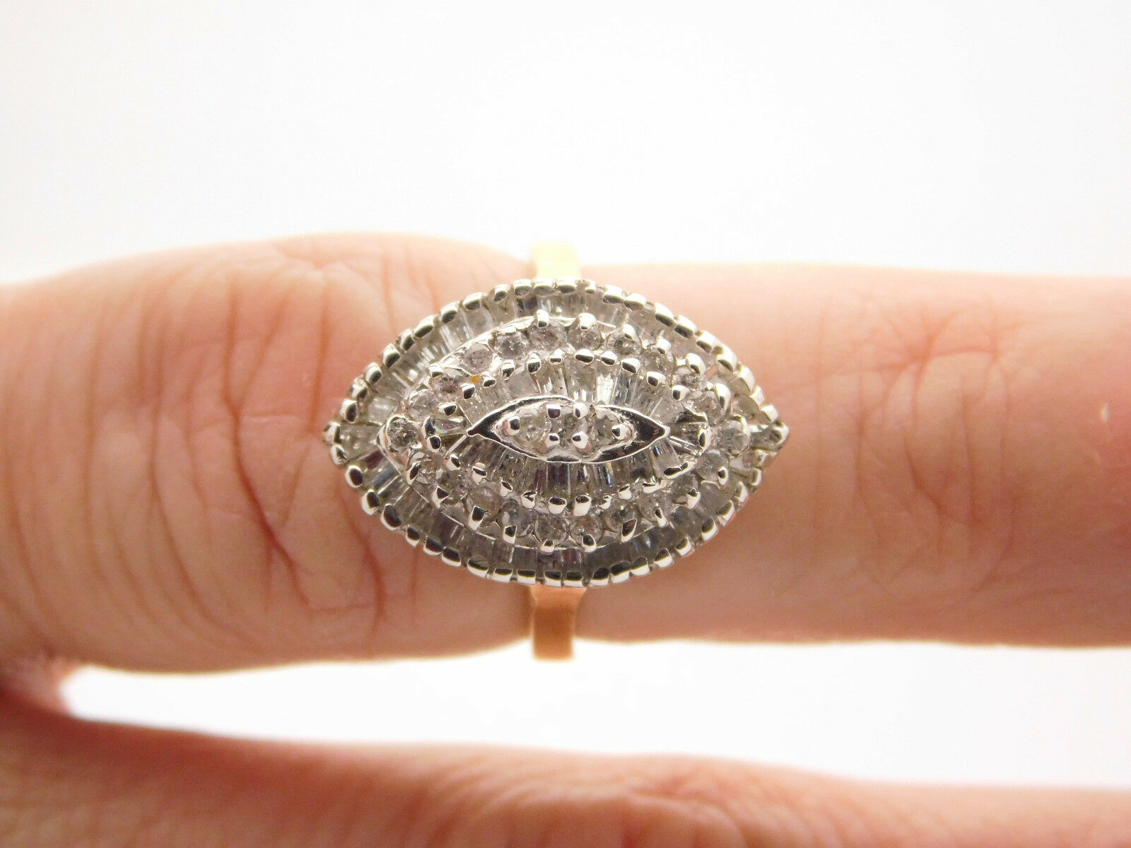 1.50 CARAT T.W. BAGUETTE & ROUND CUT DIAMOND CLUSTER RING 14K YELLOW gold