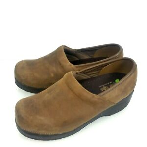 Skechers-Tone-Ups-Clogs-Womens-10-Brown-Shoes-Comfort-Slip-On-Nurse-Professional