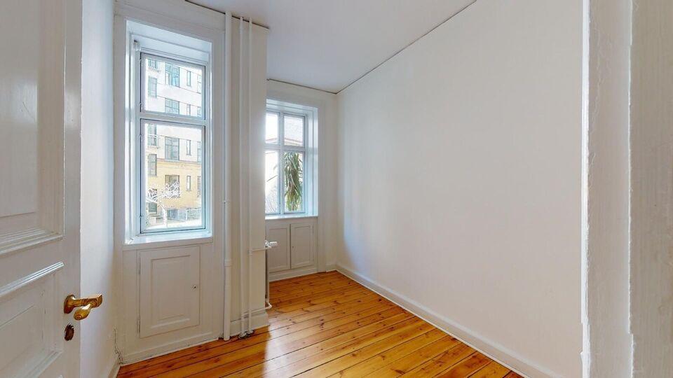 2100 vær. 6 lejlighed, m2 199, Strandboulevarden