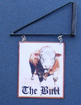 1:12 Scale The Bull Pub Sign & Bracket Dolls House Miniature Inn Bar Accessory Matige Prijs