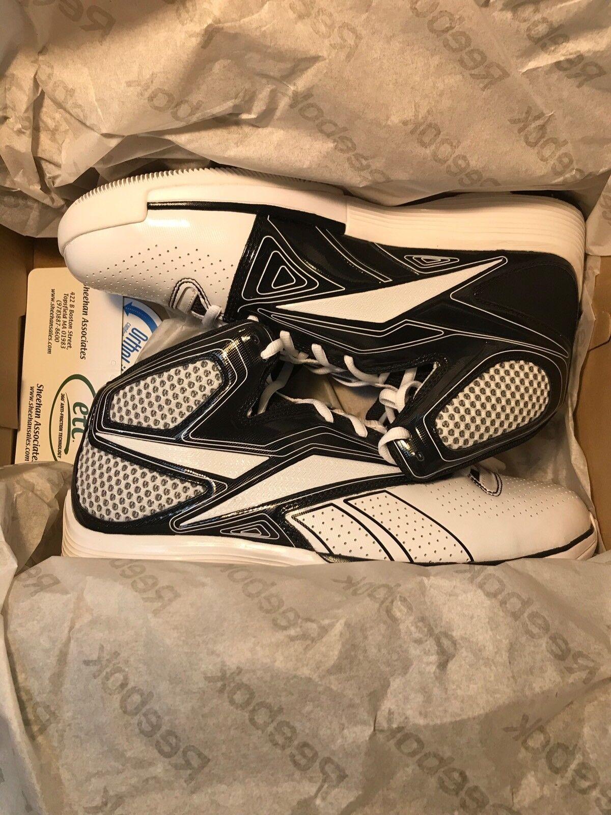 New Reebok Tempo Hexride Basketball Schuhes, Größe 8.5